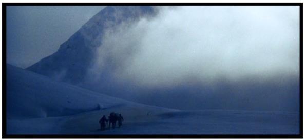 El hombre que pudo reinar - Tormenta de nieve en el Himalaya