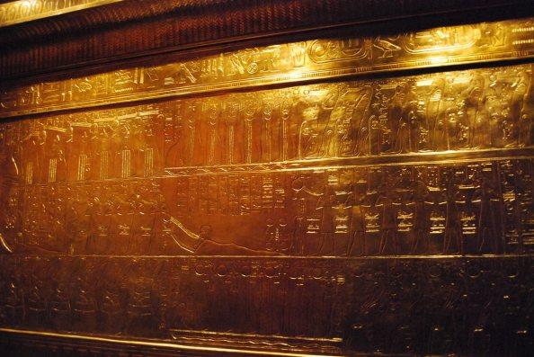 Reproducción de uno de los féretros de Tutankhamon