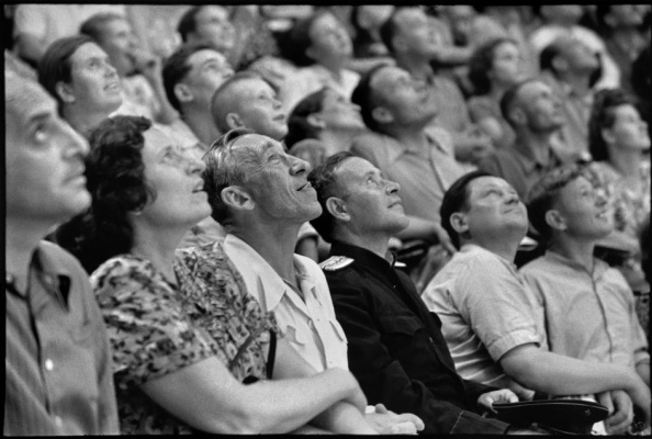 Unión Soviética. Moscú 1954. Circo de Moscú - Foto por Henri Cartier-Bresson