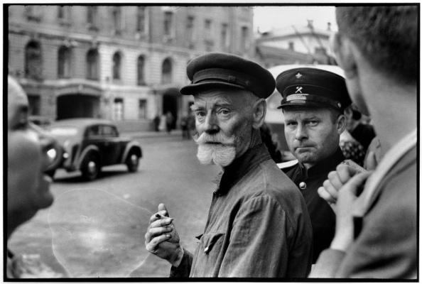 Unión Soviética. Moscú 1954 - Foto por Henri Cartier-Bresson